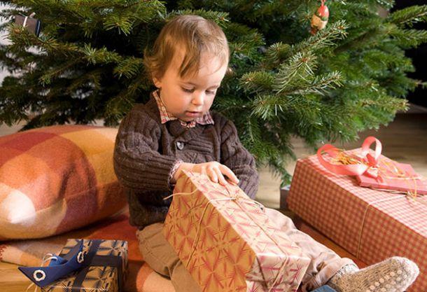 wer bringt eigentlich die geschenke sch ne weihnachten. Black Bedroom Furniture Sets. Home Design Ideas